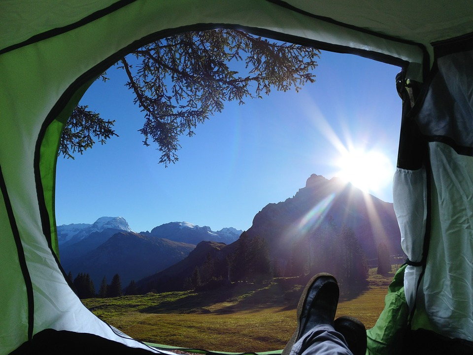 10 Tips You Must Know While Packing For Your Camping Trip